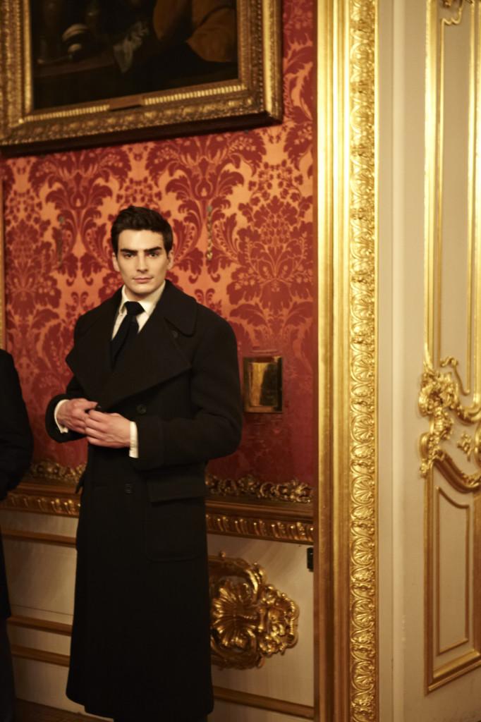 The English Gentleman at Apsley House 2515