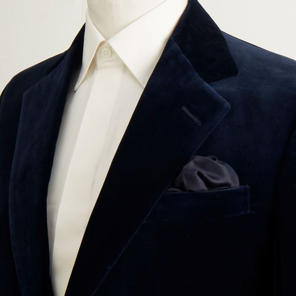 Anderson-&-Sheppard-Navy-Velvet-SIngle-Breasted-Bespoke-Jacket-Detail Savile Row Bespoke Tailors
